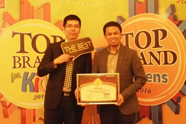 STIMUNO's Heptatrick for Achieving the Top Brand For Kids Award